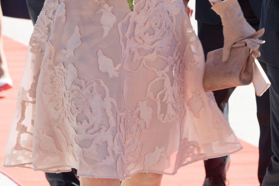 Détail de la robe de la reine Maxima des Pays-Bas à Rome le 20 juin 2017