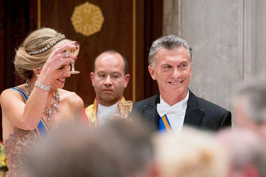 La reine Maxima des Pays-Bas avec le président argentin Mauricio Macri à Amsterdam, le 27 mars 2017