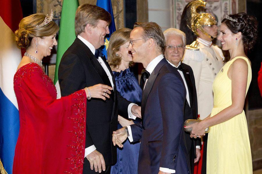 La reine Maxima et le roi Willem-Alexander des Pays-Bas avec la princesse Viktoria et le prince Jaime de Bourbon de Parme à Rome, le 20 juin 2017