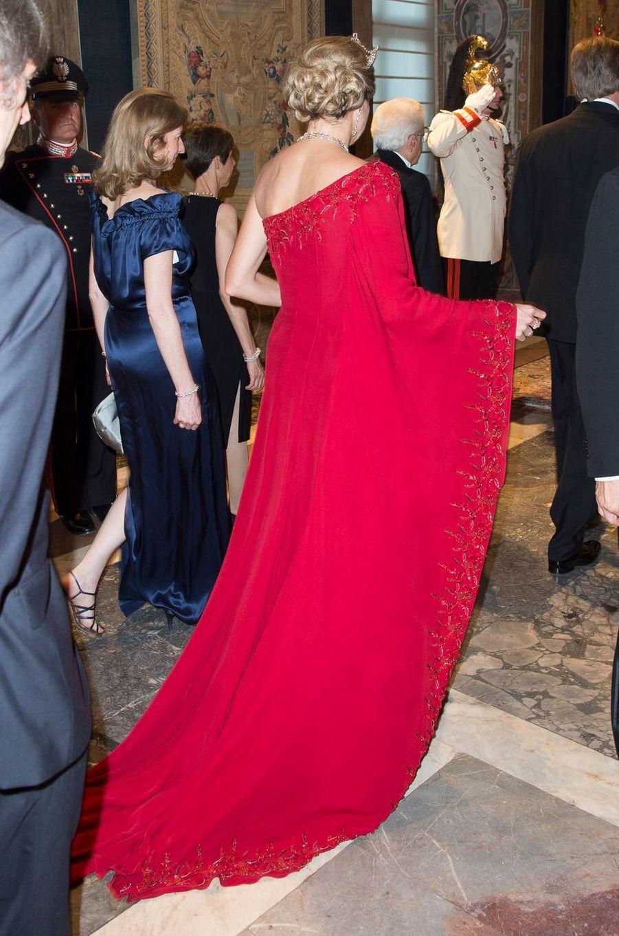 La robe de la reine Maxima des Pays-Bas vue de dos, à Rome le 20 juin 2017