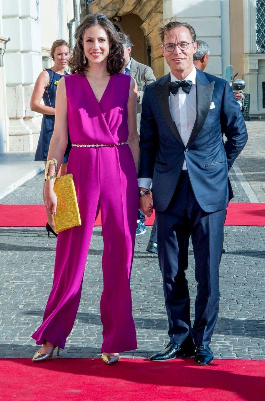 La princesse Viktoria et le prince Jaime de Bourbon de Parme à Rome, le 21 juin 2017