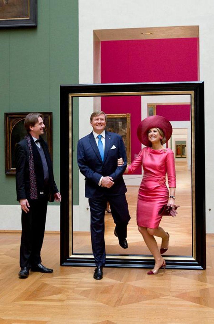 La reine Maxima et le roi Willem-Alexander des Pays-Bas à la Alte Pinakothek à Munich, le 13 avril 2016