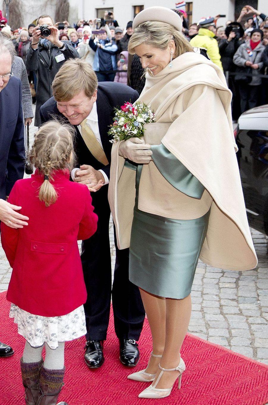 La reine Maxima des Pays-Bas dans une robe Natan en Allemagne le 9 février 2017
