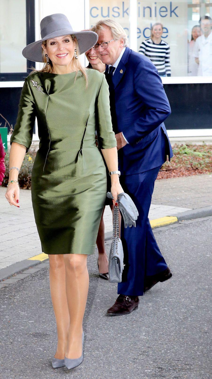 La reine Maxima des Pays-Bas dans une robe Natan à La Haye, le 15 mars 2018