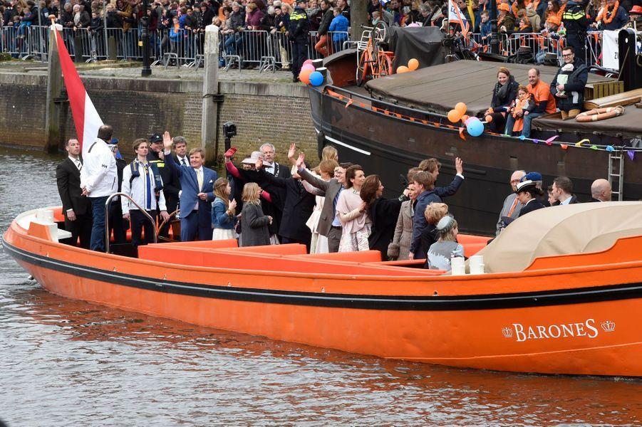 La famille royale des Pays-Bas à Zwolle, le 27 avril 2016
