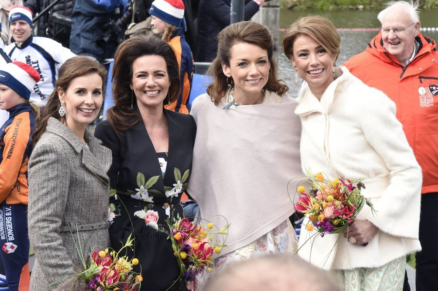 Les princesses Aimée, Marilène, Annette et Anita des Pays-Bas à Zwolle, le 27 avril 2016