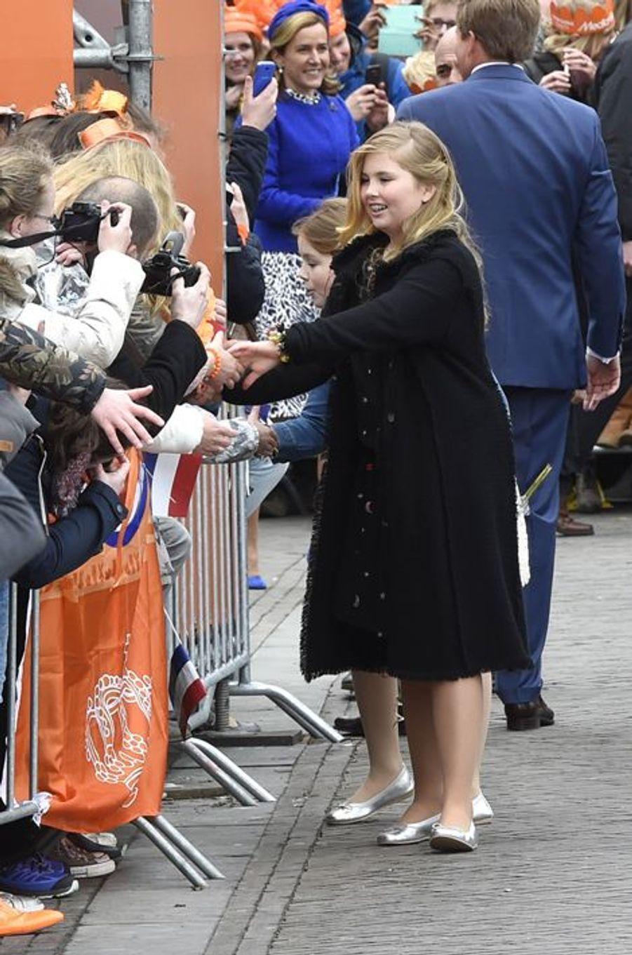 Les princesses Catharina-Amalia et Alexia des Pays-Bas à Zwolle, le 27 avril 2016