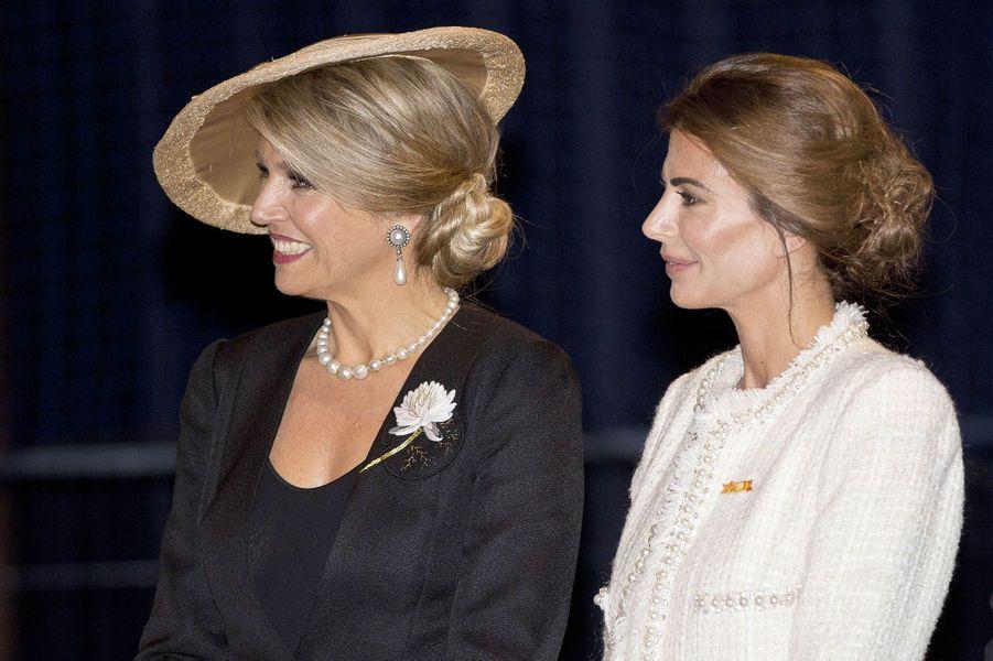 La reine Maxima des Pays-Bas avec Juliana Awada à Amsterdam, le 27 mars 2017