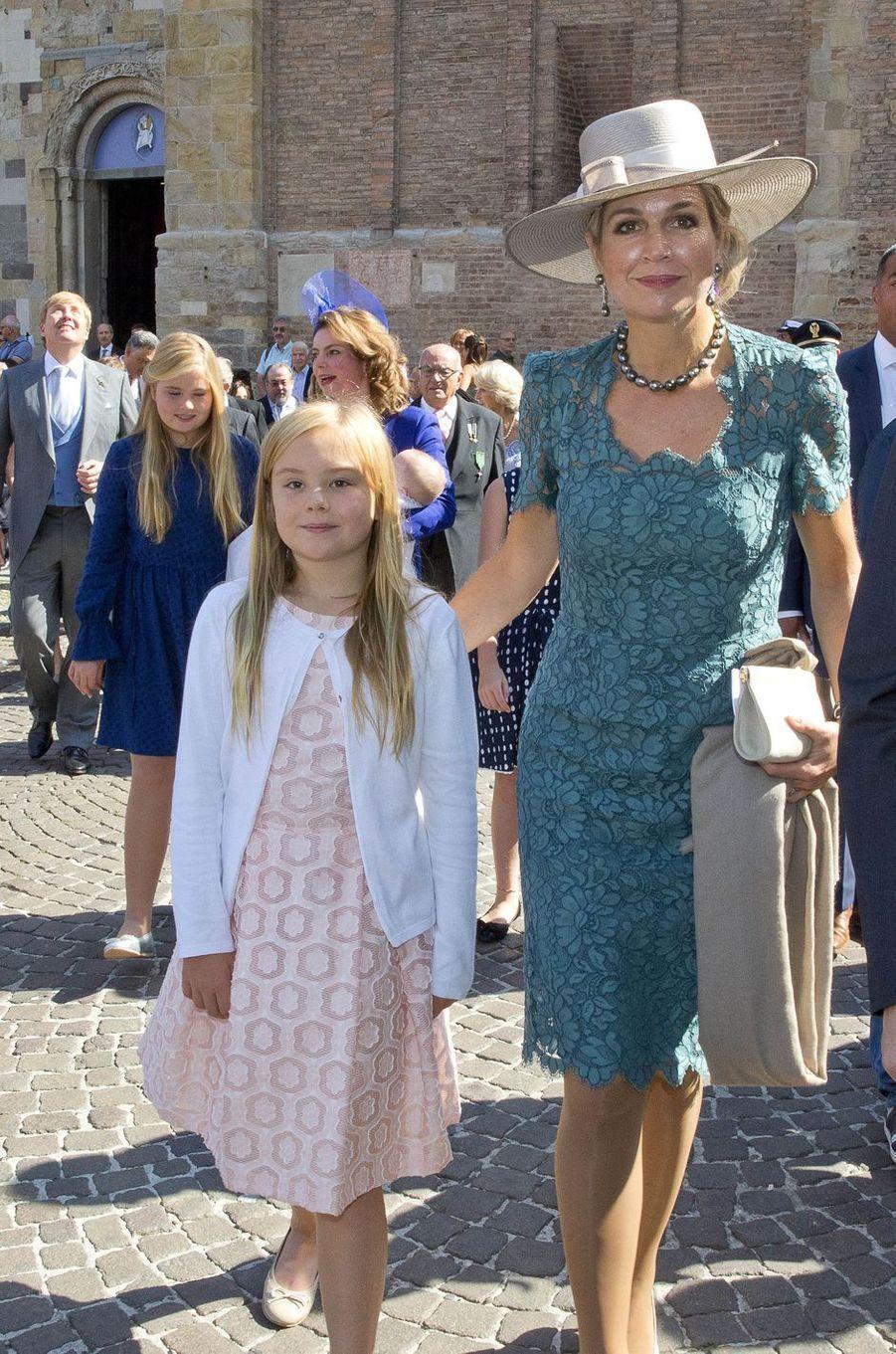 La reine Maxima des Pays-Bas avec le roi Willem-Alexander et leurs filles à Parme en Italie, le 25 septembre 2016
