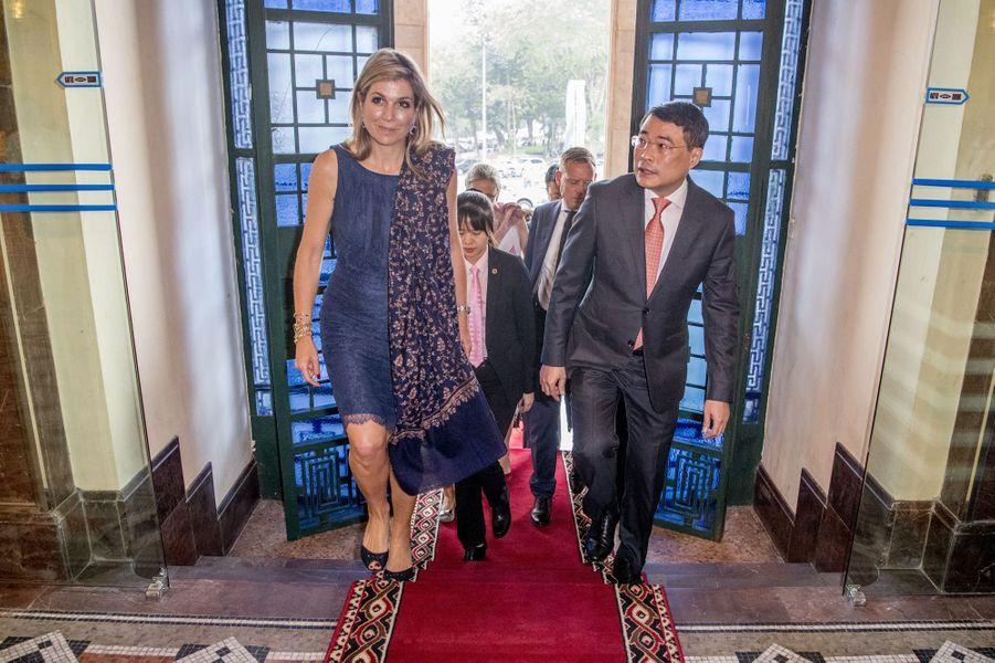 La reine Maxima des Pays-Bas avec Lê Minh Hung à Hanoï, le 31 mai 2017