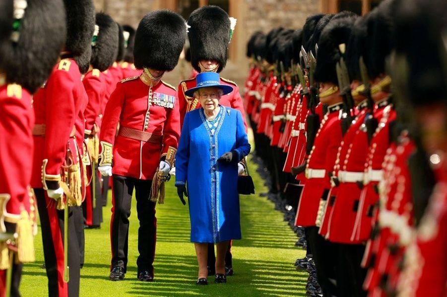 La reine Elizabeth II au château de Windsor, le 30 avril 2015