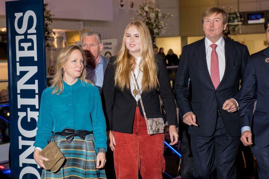 Les princesses Margarita et Catharina-Amalia et le roi Willem-Alexander des Pays-Bas à Amsterdam, le 27 janvier 2019