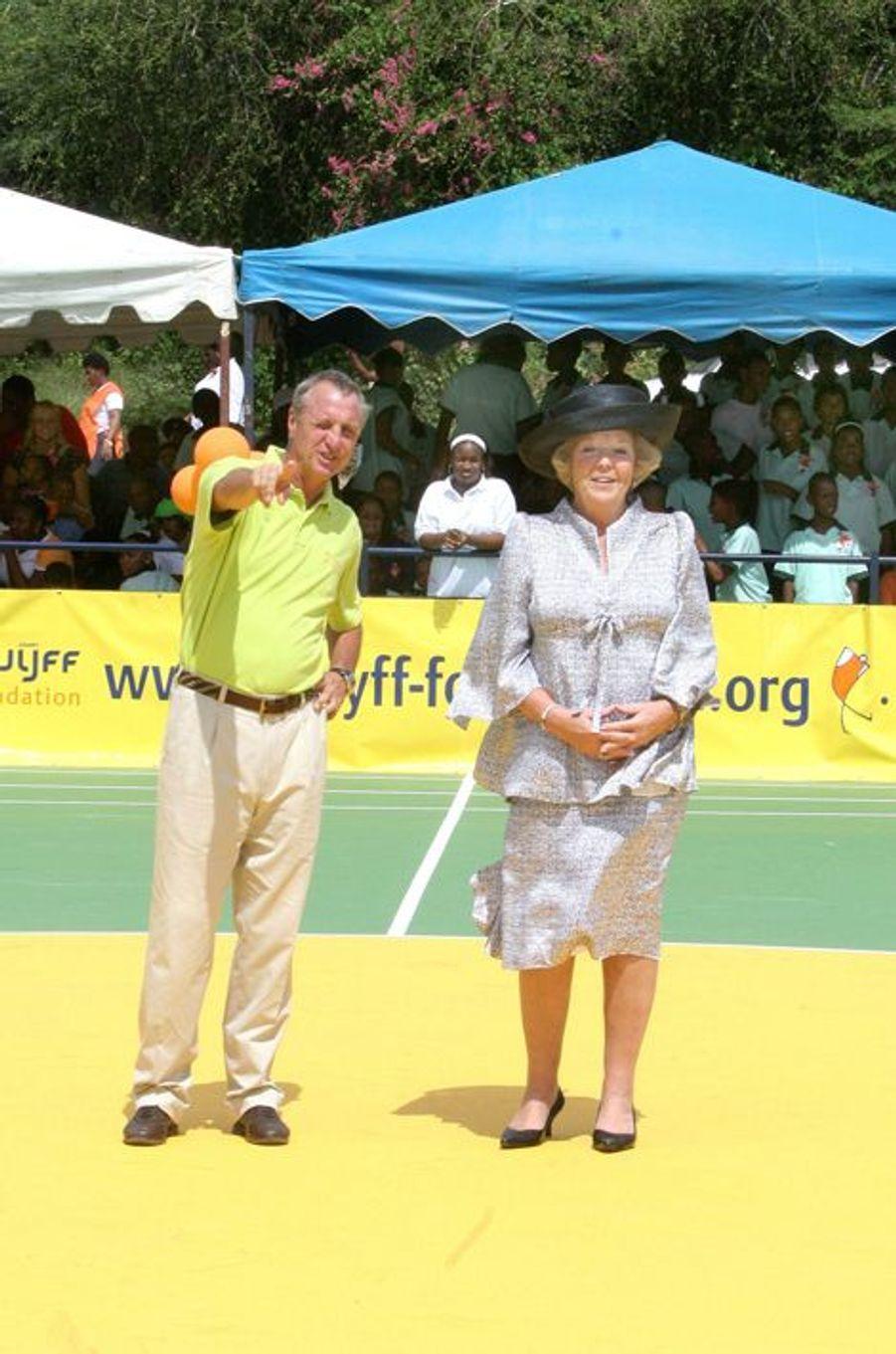 La reine Beatrix des Pays-Bas et Johan Cruyff à Curaçao, le 14 novembre 2006