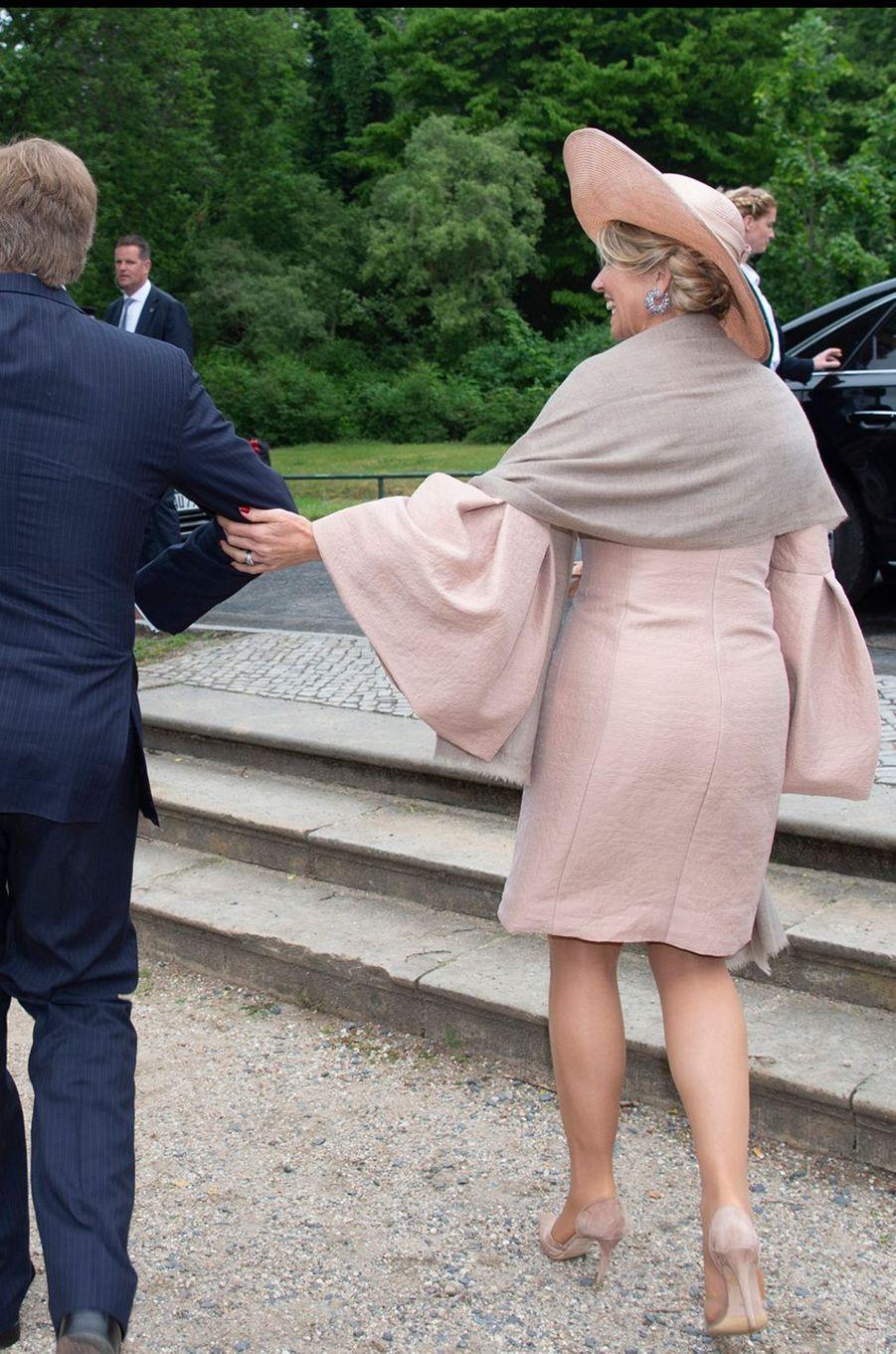 La reine Maxima des Pays-Bas, de dos, en Allemagne le 22 mai 2019