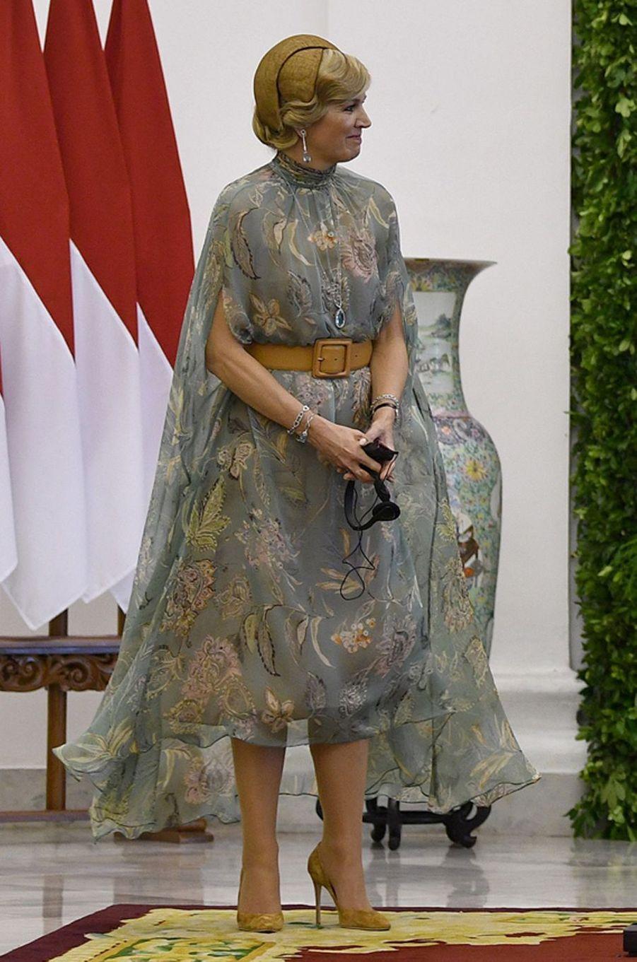 La reine Maxima des Pays-Bas dans une robe Natan en Indonésie, le 10 mars 2020