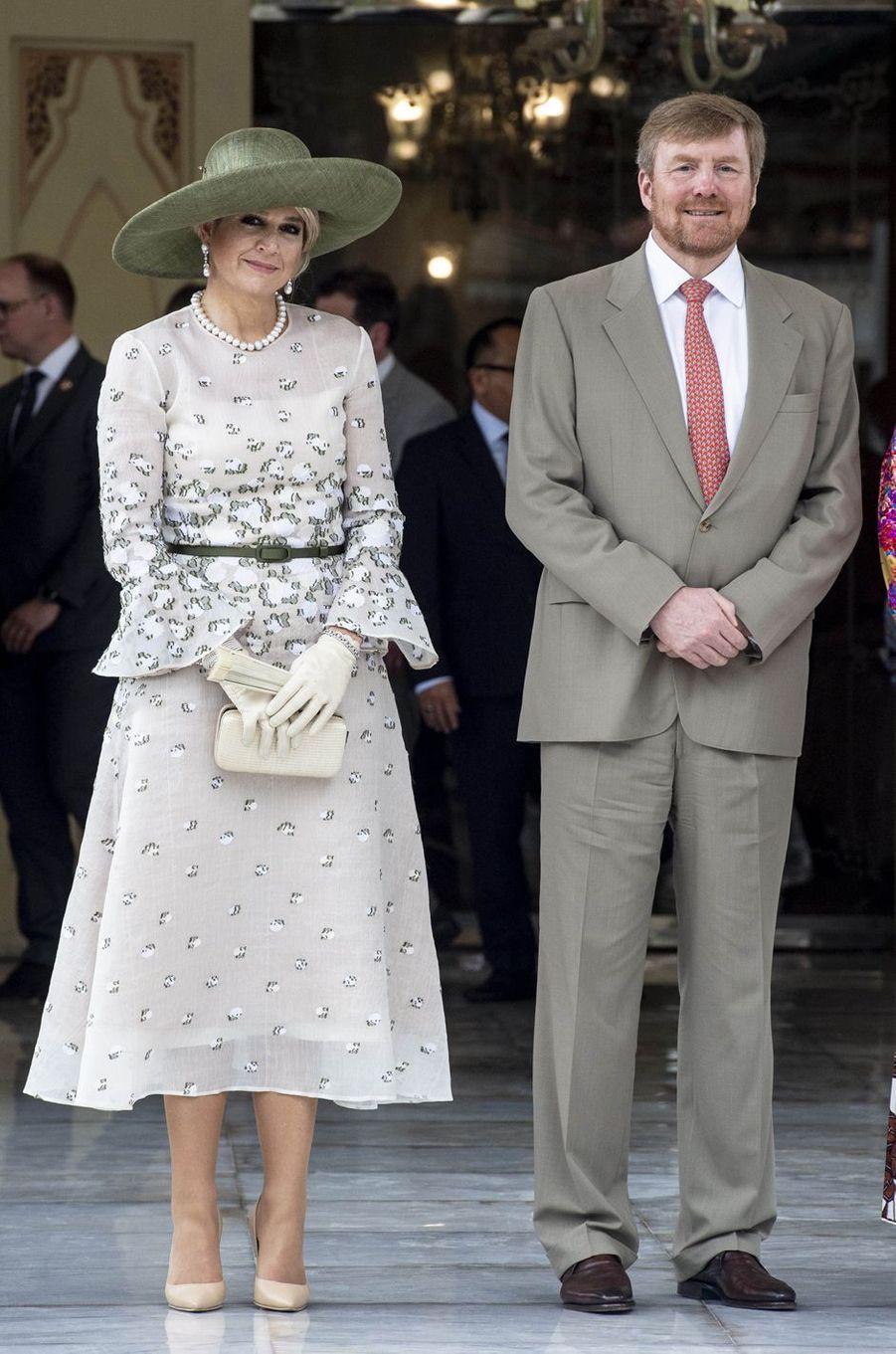 La reine Maxima des Pays-Bas dans une robe Natan en Indonésie, le 11 mars 2020