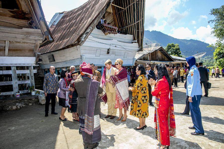 La reine Maxima et le roi Willem-Alexander des Pays-Bas, le 12 mars 2020 sur l'île de Sumatra