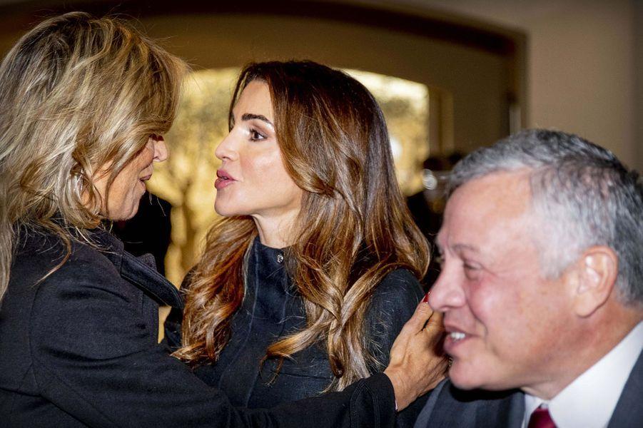 La reine Maxima des Pays-Bas avec la reine Rania et le roi Abdallah II de Jordanie au Palais royal à Amman, le 12 février 2019