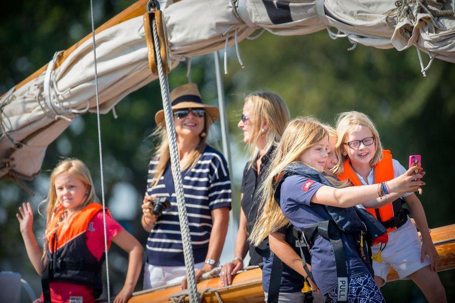 La famille royale des Pays-Bas au Sail Amsterdam, le 22 août 2015