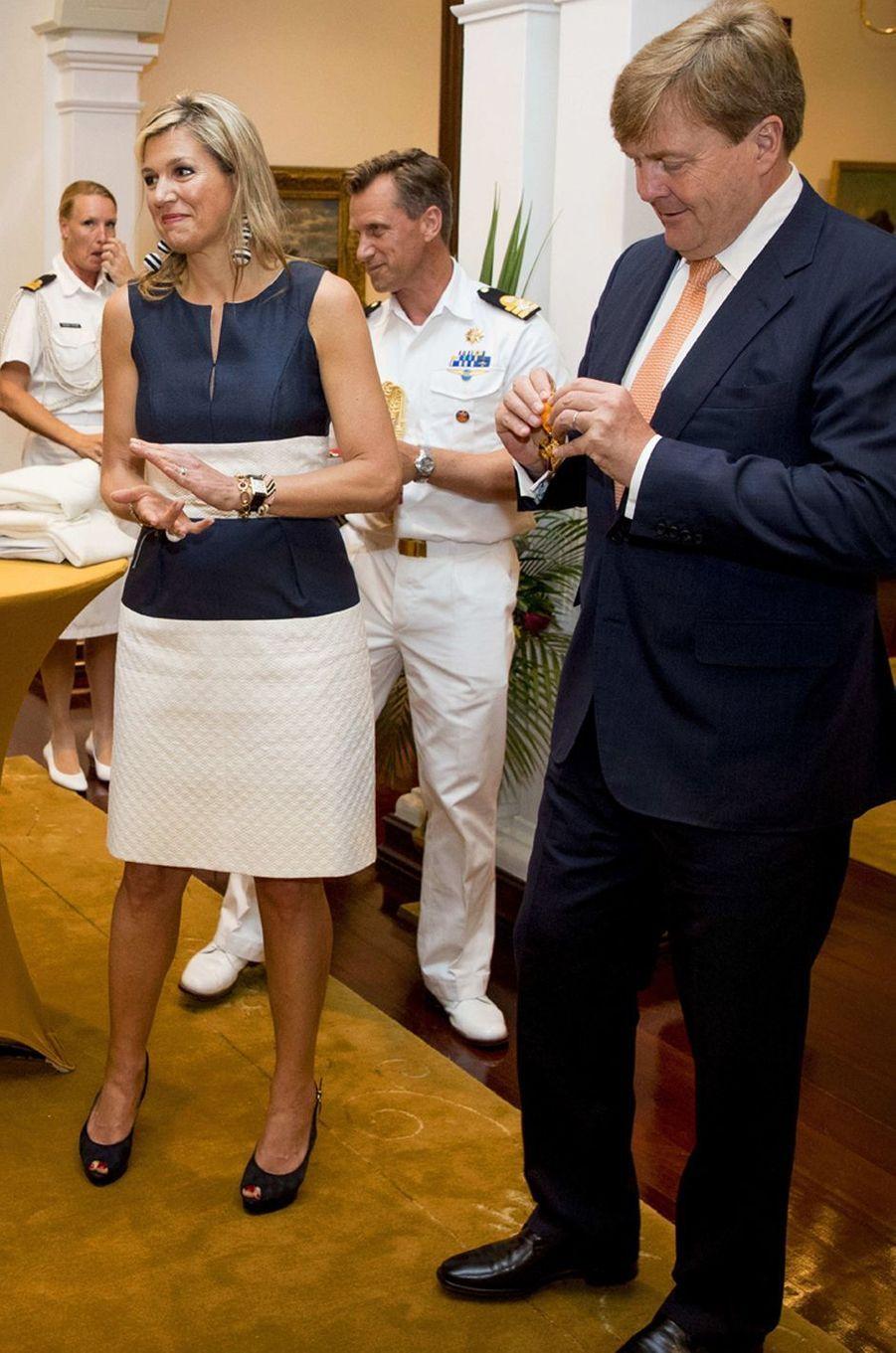 La reine Maxima des Pays-Bas dans une robe Natan sur l'île de Curaçao le 1er juillet 2018