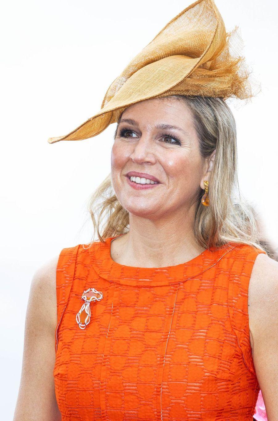 Le chapeau de la reine Maxima des Pays-Bas sur l'île de Curaçao le 1er juillet 2018