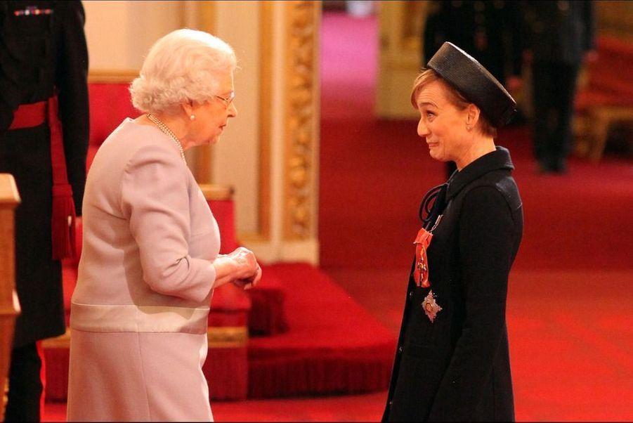 Le jeudi19 mars 2015, Kristin Scott Thomas a été anoblie par la reine Elizabeth II, lors d'une cérémonie à Buckingham Palace, à Londres.