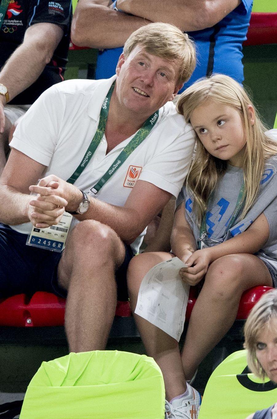 Le roi Willem-Alexander des Pays-Bas avec sa fille Ariane aux JO de Rio, le 15 août 2016