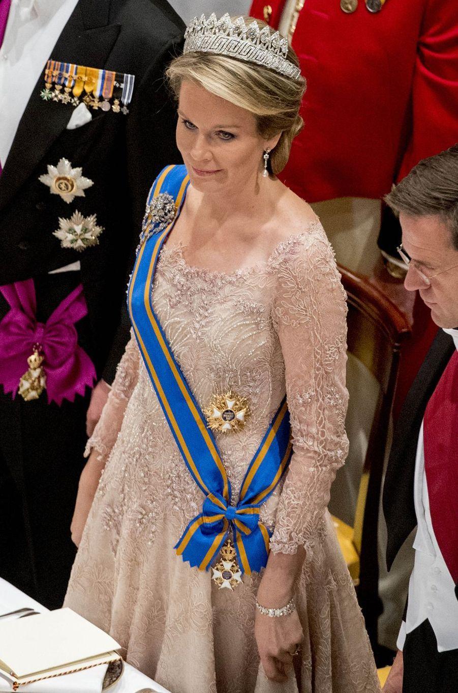 La reine Mathilde de Belgique au Palais royal à Amsterdam, le 28 novembre 2016