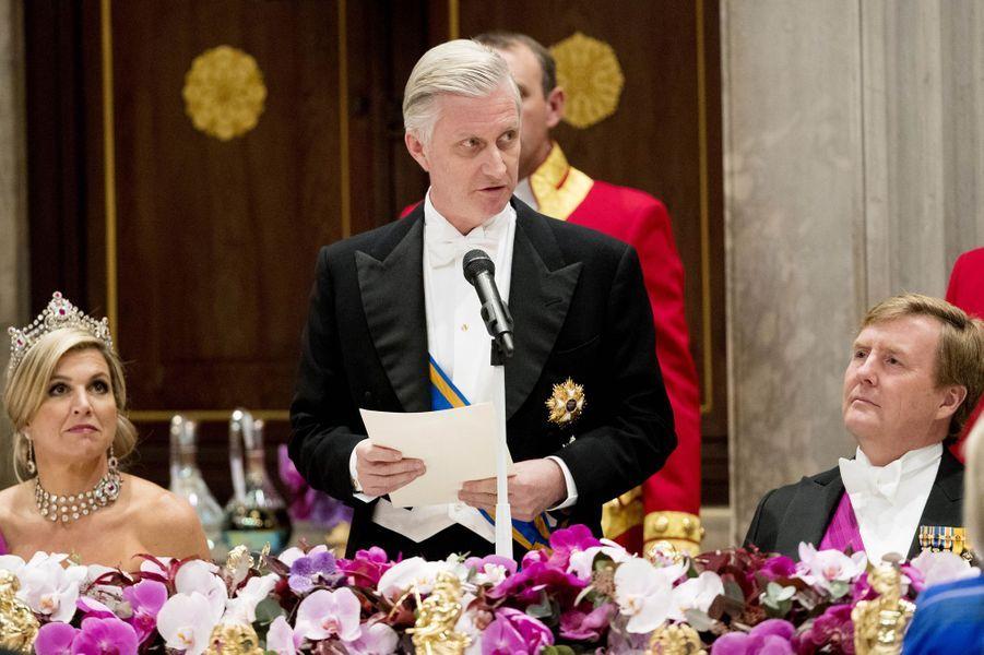 La reine Maxima et le roi Willem-Alexander des Pays-Bas avec le roi Philippe de Belgique à Amsterdam, le 28 novembre 2016