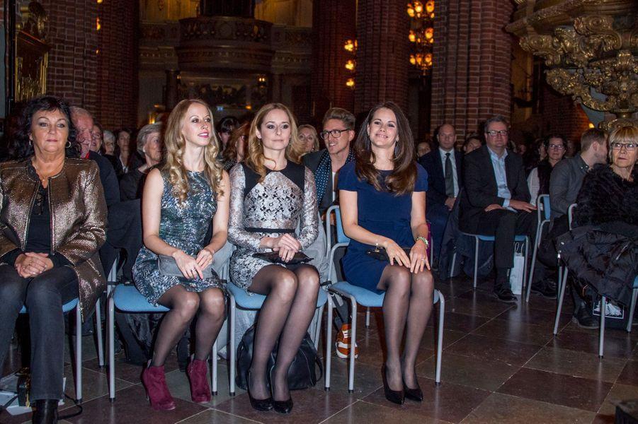Princesse Sofia De Suede Et Ses Soeurs Au Concert De Noel À Stockholm Le 21 Décembre 2016 1