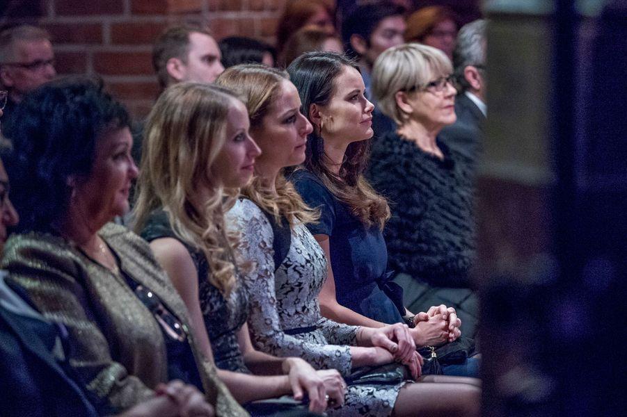 Princesse Sofia De Suede Et Ses Soeurs Au Concert De Noel À Stockholm Le 21 Décembre 2016 2