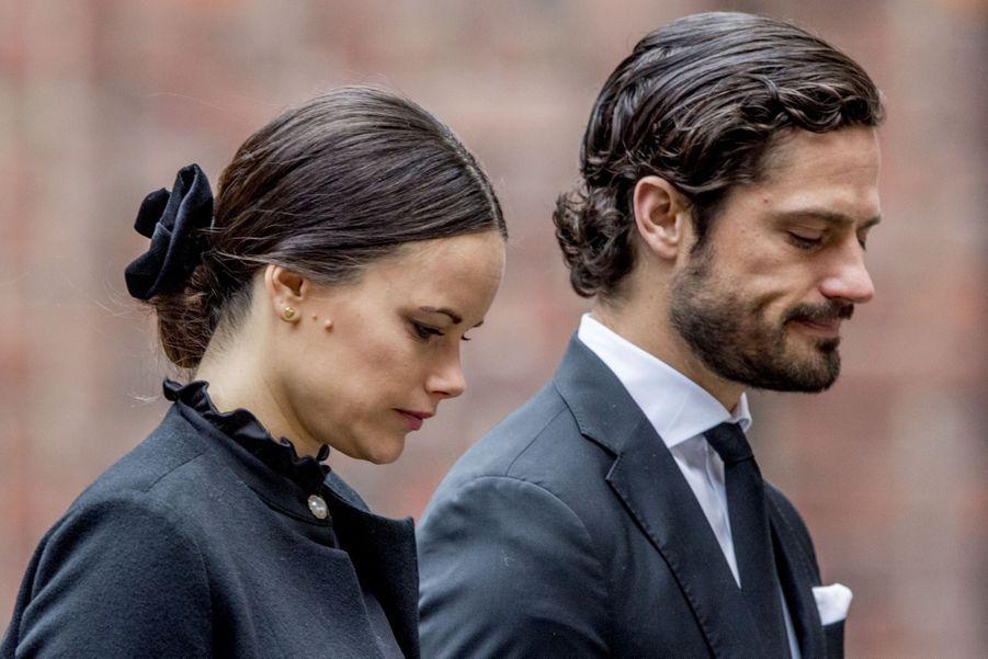 La Famille Royale De Suède Rend Hommage Aux Victimes De L'attentat De Stockholm 6