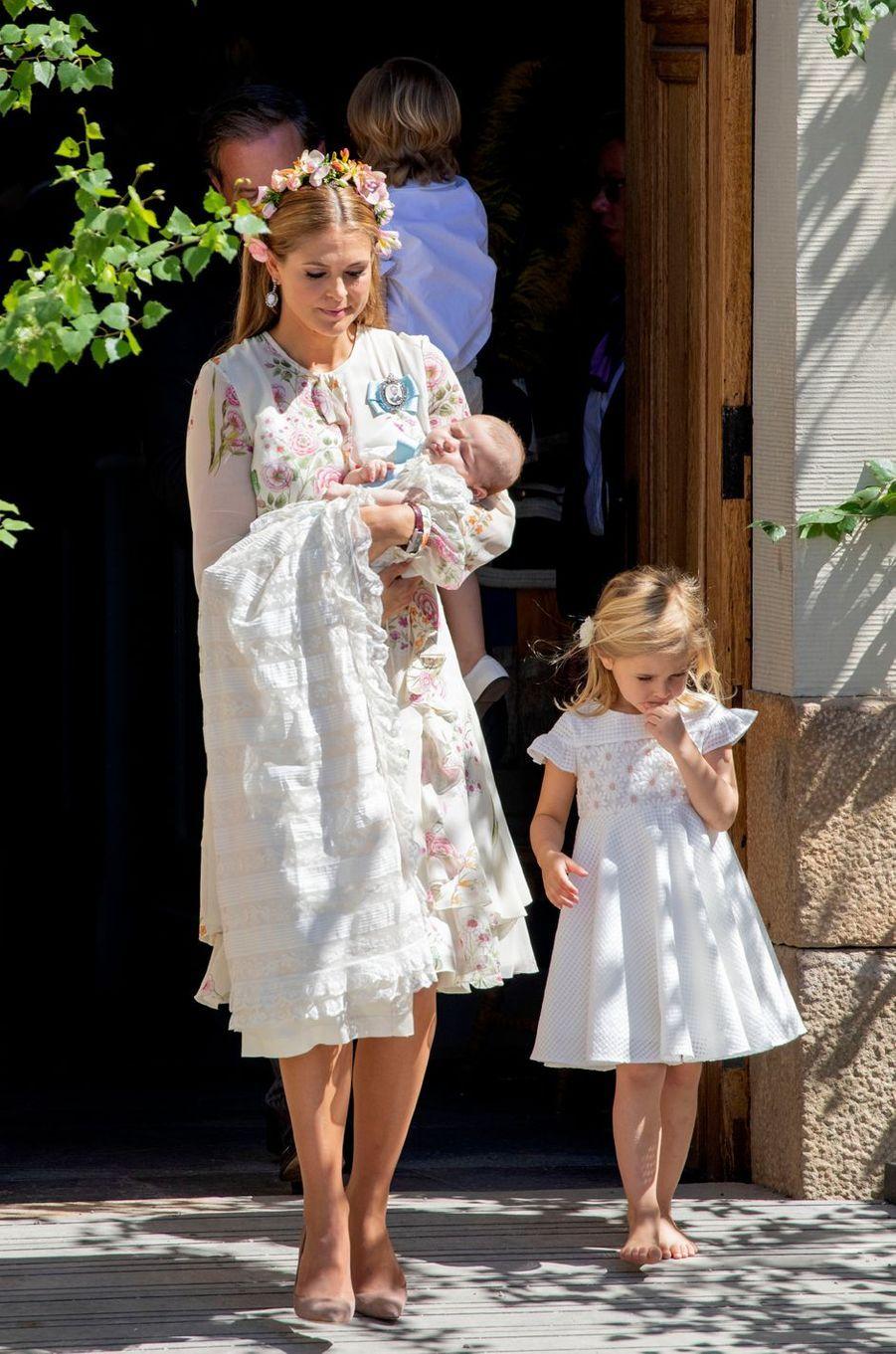 Les princesses Madeleine, Leonore et Adrienne de Suède à Stockholm, le 8 juin 2018