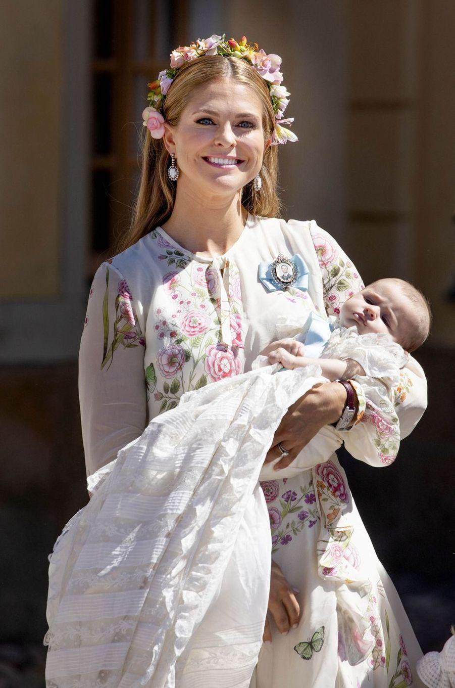 La princesse Madeleine et sa fille la princesse Adrienne de Suède à Stockholm, le 8 juin 2018