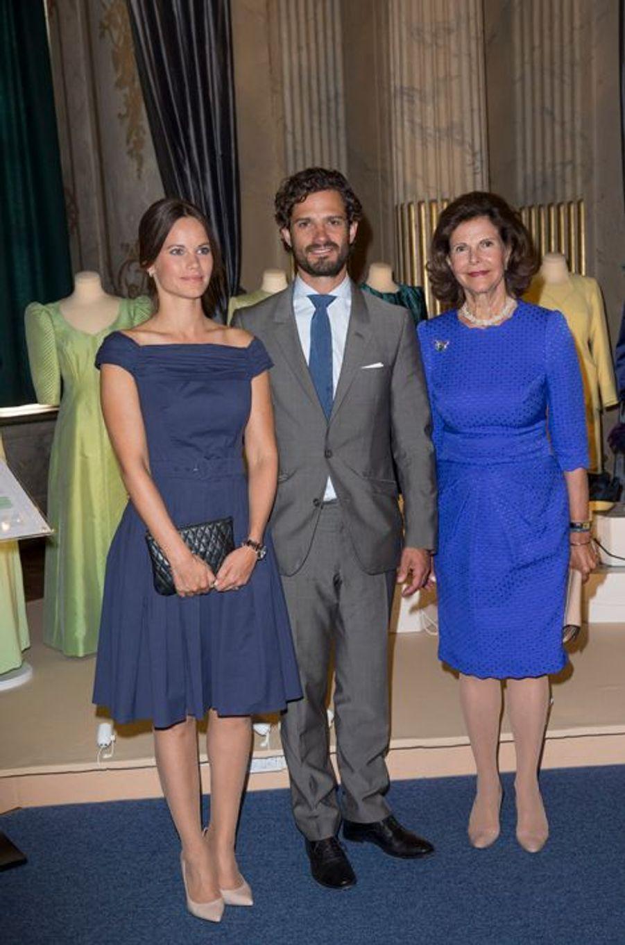 La princesse Sofia, le prince Carl Philip et la reine Silvia de Suède à Stockholm, le 29 août 2015