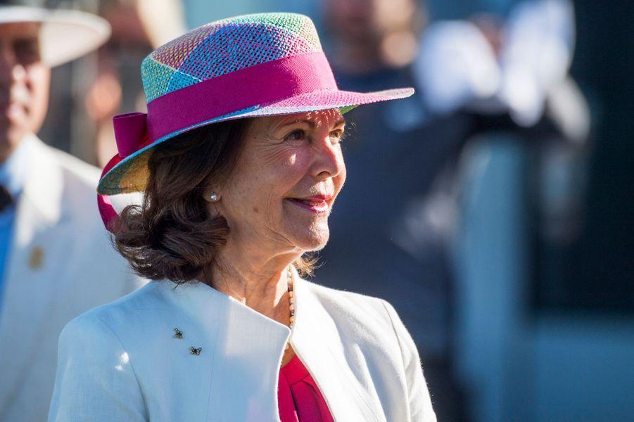La reine Silvia de Suède sur l'île d'Oland, le 27 août 2016