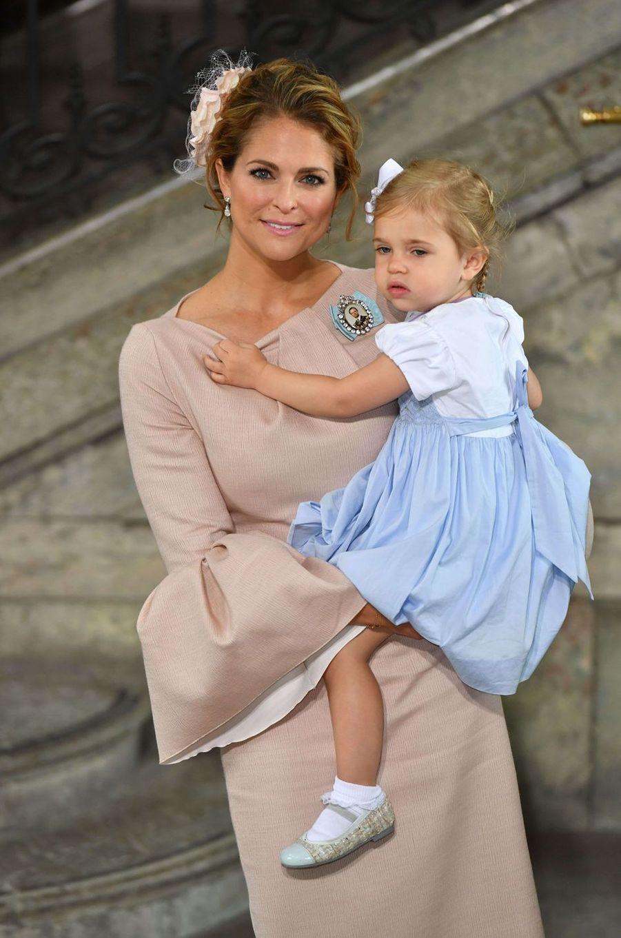La princesse Madeleine de Suède avec la princesse Leonore, le 27 mai 2016