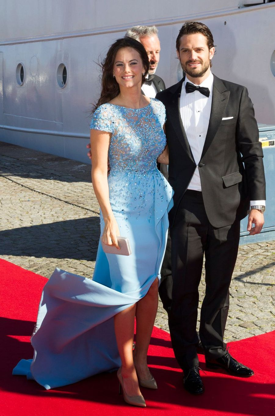 Sofia Hellqvist et le prince Carl Philip de Suède la veille de leur mariage, le 12 juin 2015
