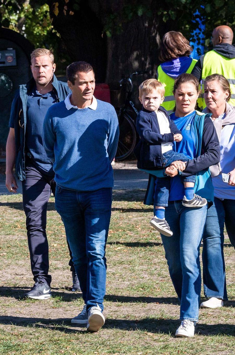 La princesse Victoria de Suède avec le prince Oscar à Solna, le 16 septembre 2018
