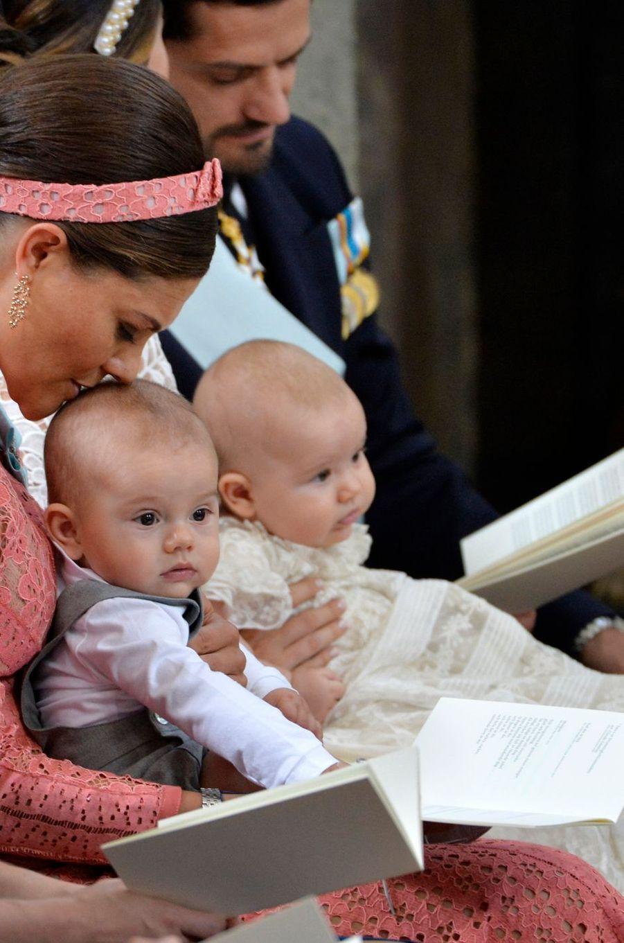 Les princes Oscar et Alexander de Suède avec la princesse Victoria à Stockholm, le 9 septembre 2016