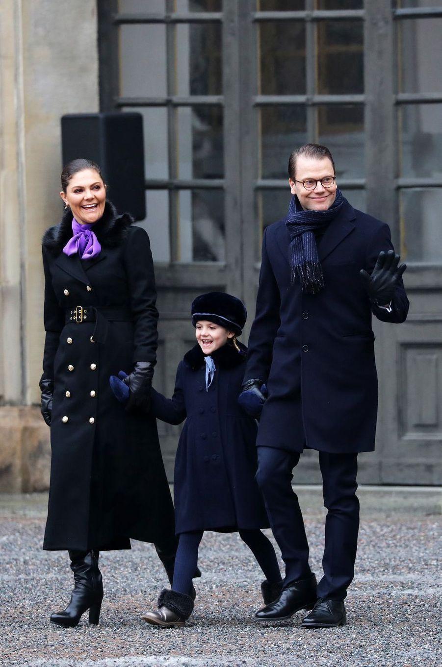La princesse Victoria de Suède, le prince Daniel et la princesse Estelle à Stockholm, le 12 mars 2018