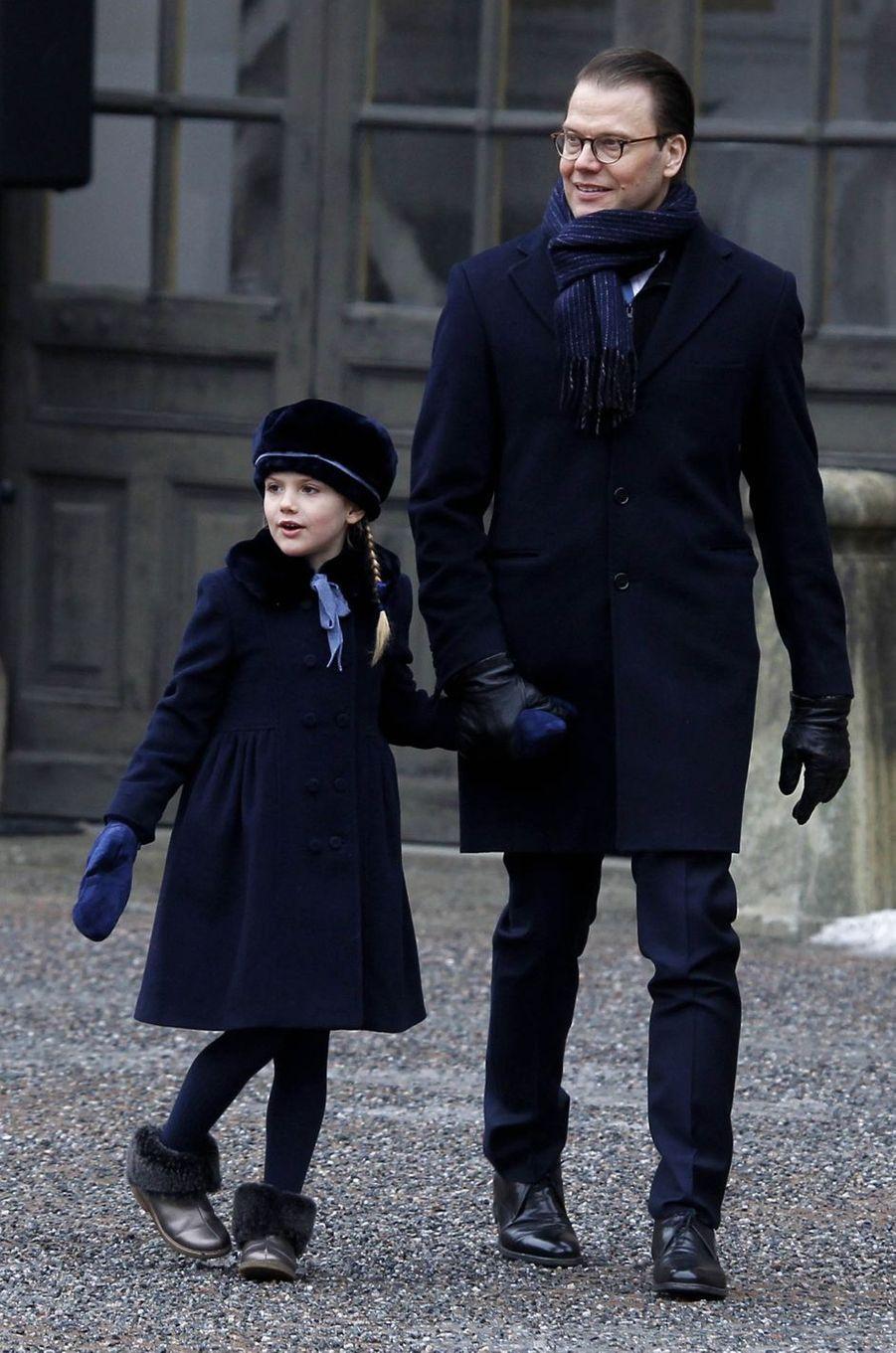 La princesse Estelle de Suède avec le prince Daniel à Stockholm, le 12 mars 2018