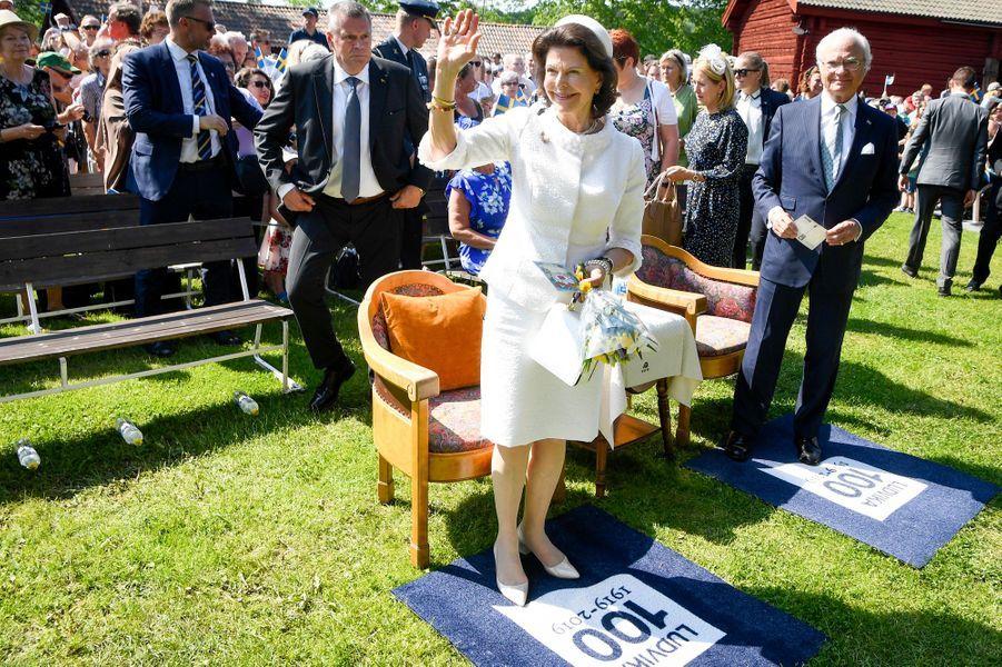 La reine Silvia et le roi Carl XVI Gustaf de Suède à Ludvika, le 6 juin 2019