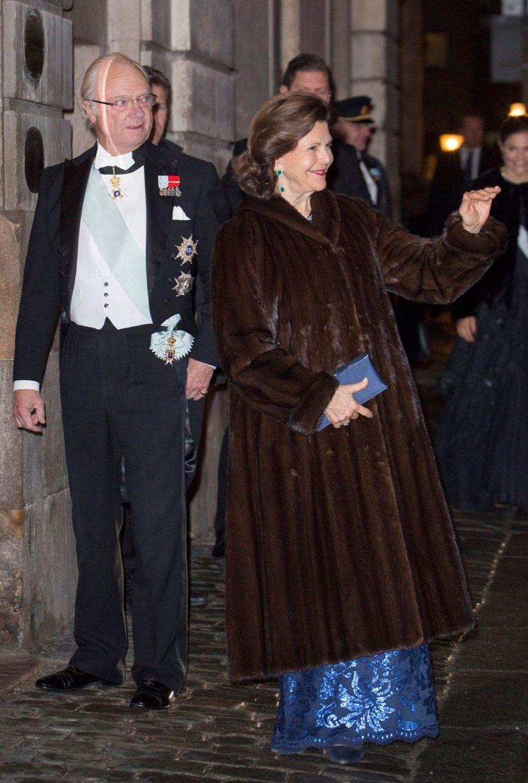 La Famille Royale Suédoise Réunie Pour L'assemblée De L'Académie 1