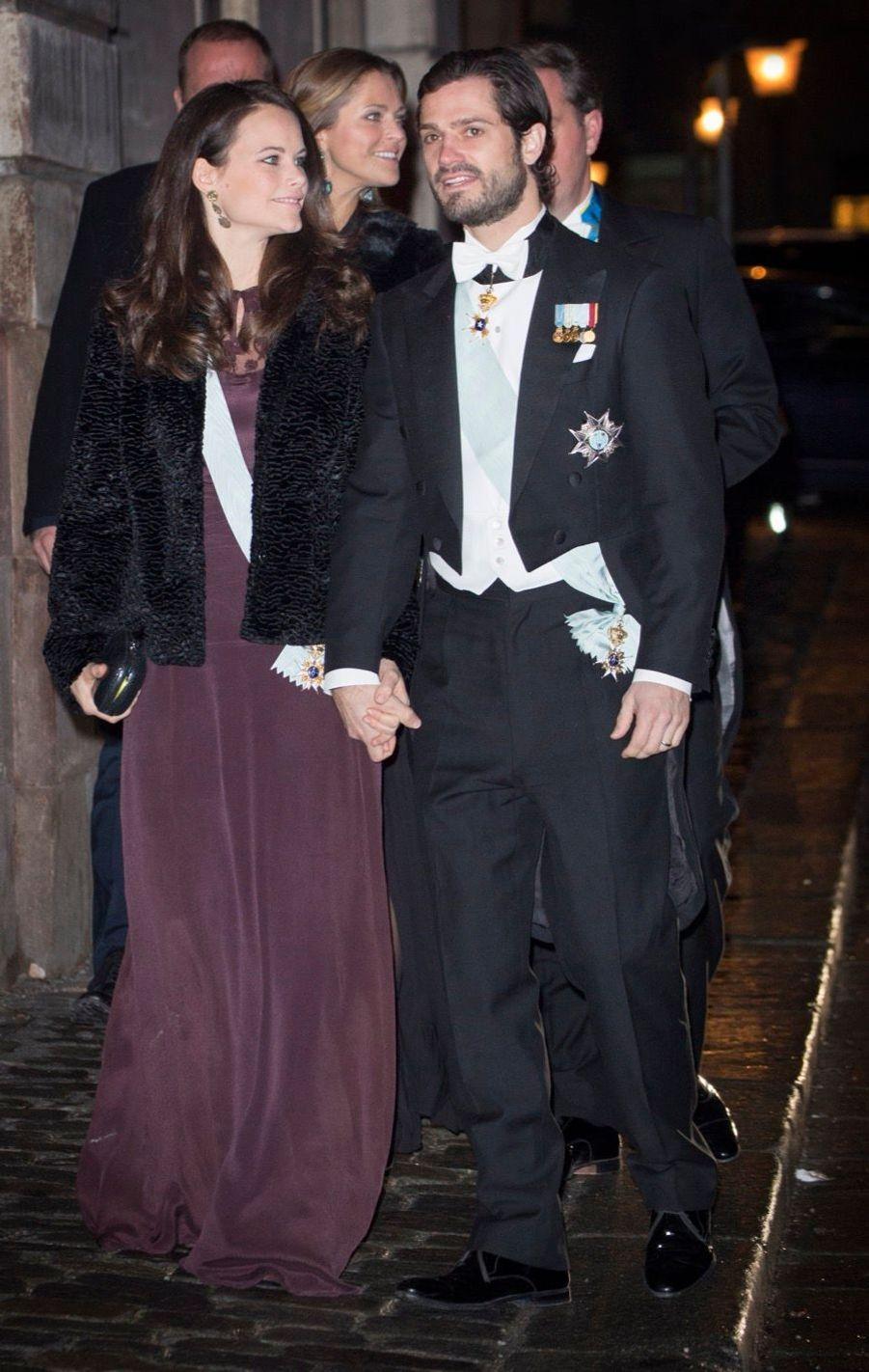 La Famille Royale Suédoise Réunie Pour L'assemblée De L'Académie 4