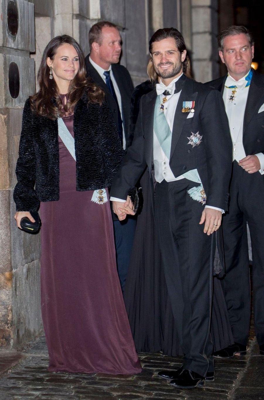 La Famille Royale Suédoise Réunie Pour L'assemblée De L'Académie 6