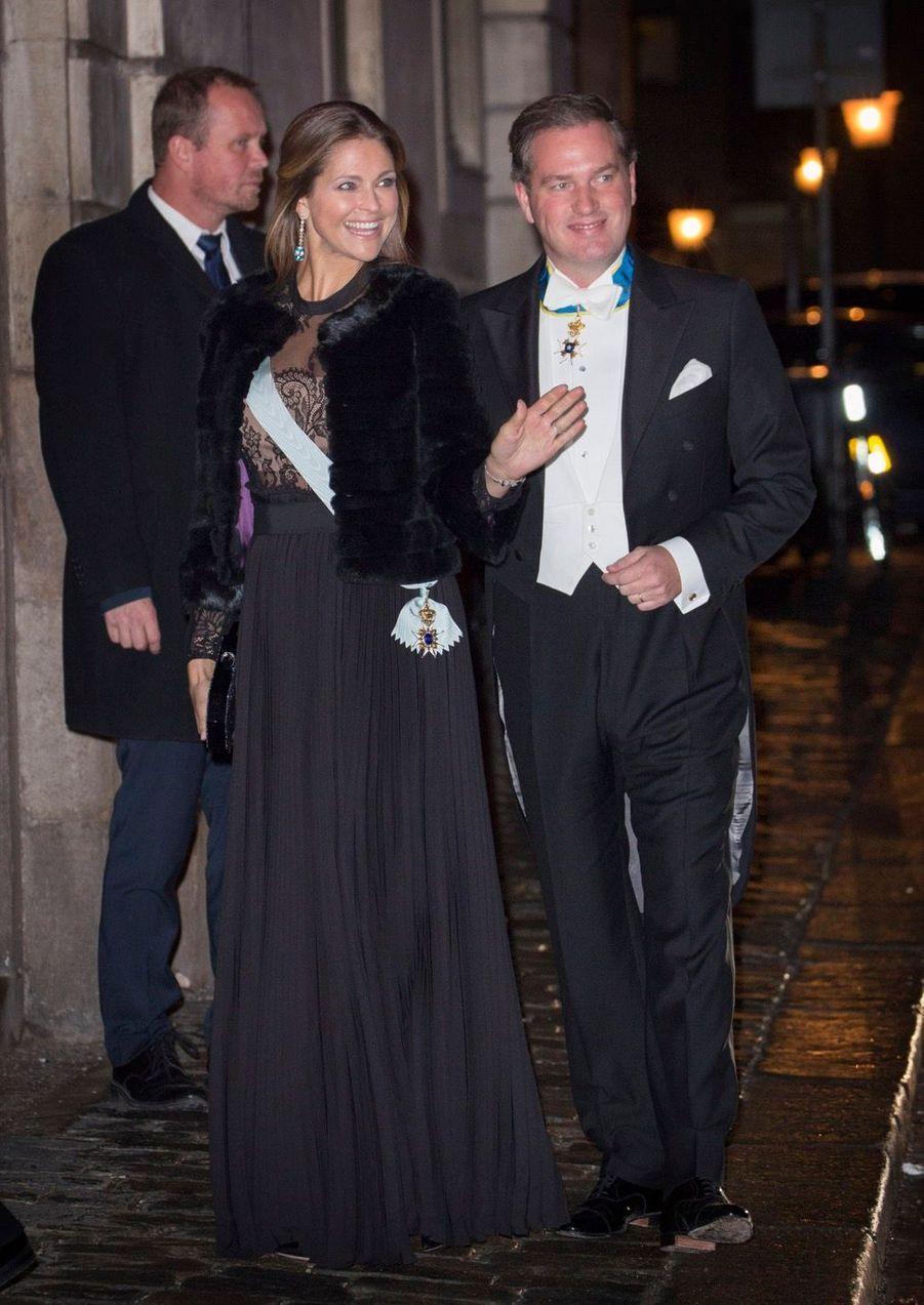 La Famille Royale Suédoise Réunie Pour L'assemblée De L'Académie 8