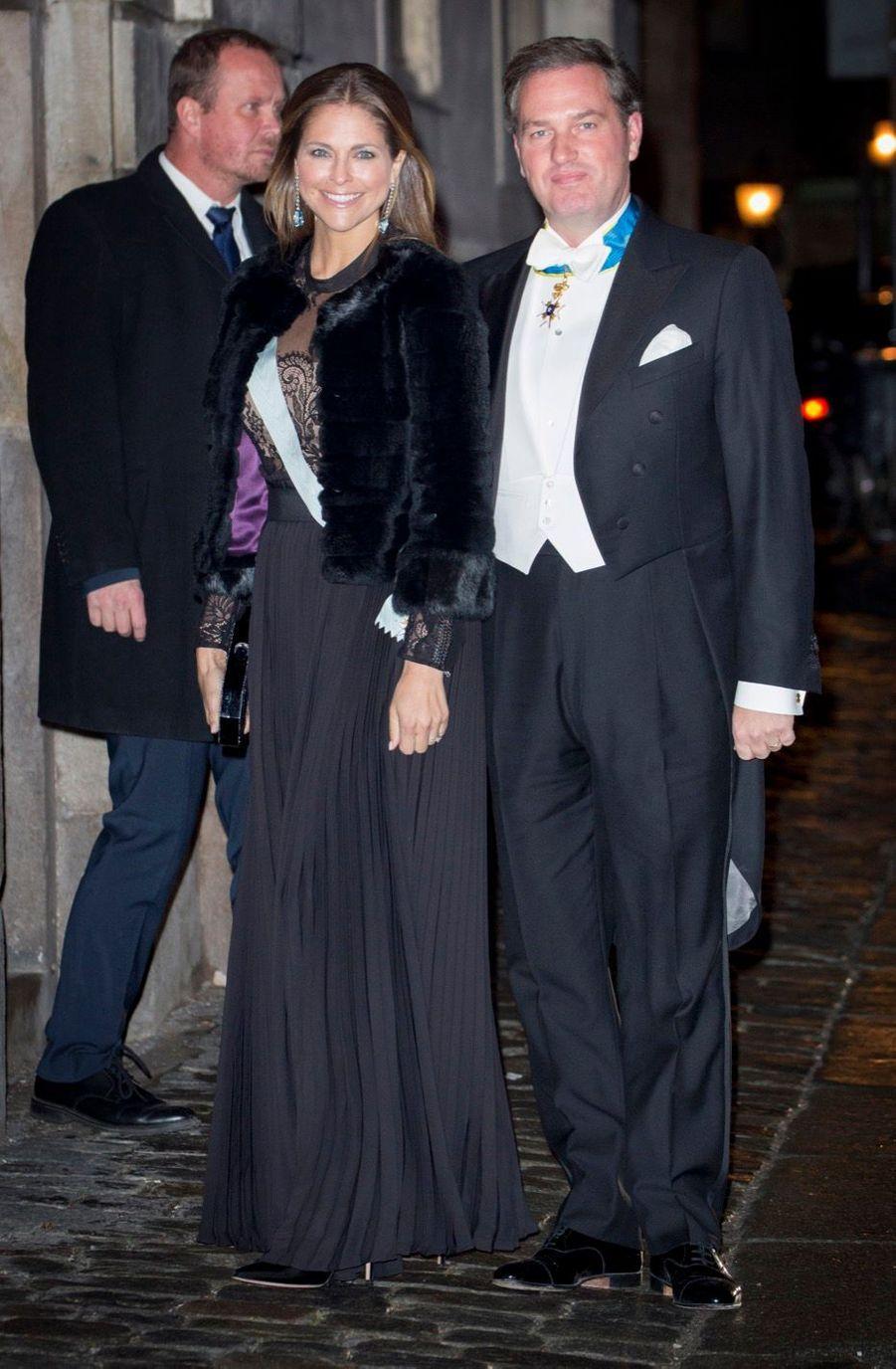 La Famille Royale Suédoise Réunie Pour L'assemblée De L'Académie 9