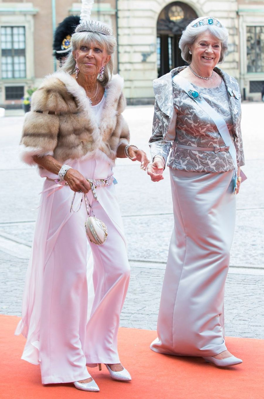 La princesse Birgitta de Suède avec sa soeur la princesse Margaretha, le 13 juin 2015