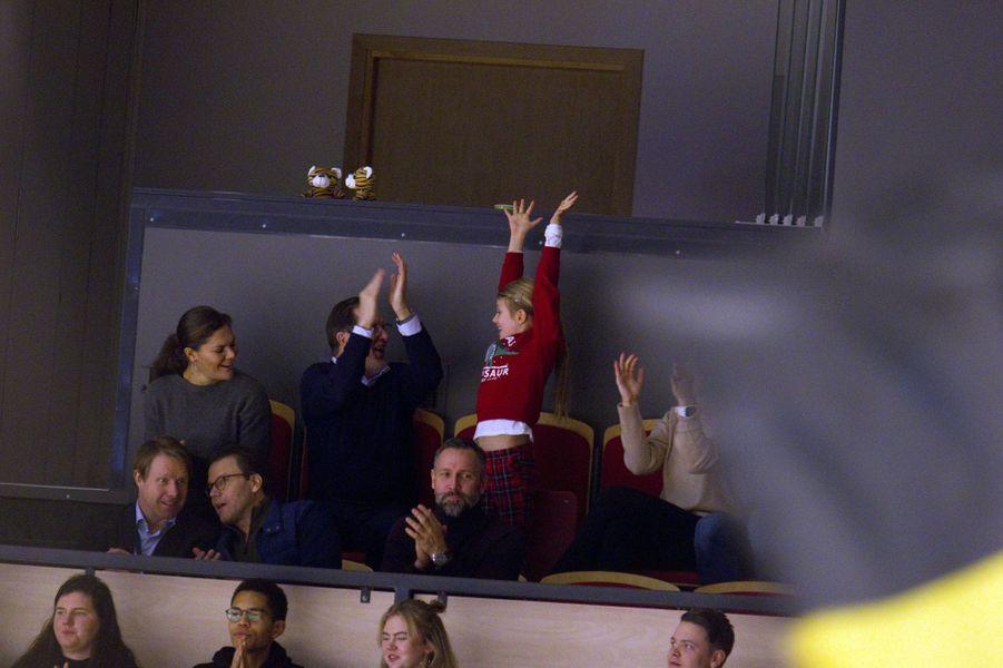 Les princesses Victoria et Estelle de Suède avec le prince Daniel à Gävle, le 26 décembre 2019